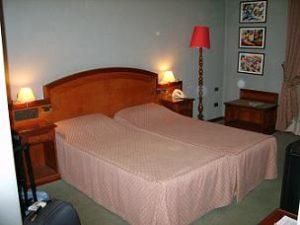hotelroom hotel rex