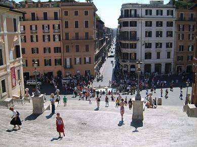 Via Condotti, Piazza di Spagna and spanish steps